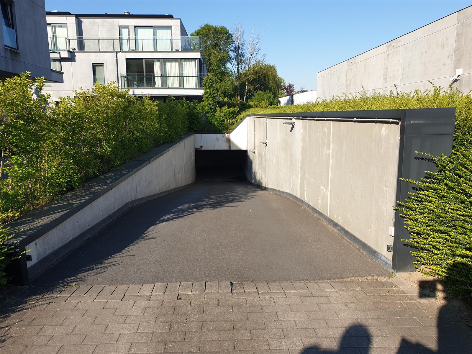 Goed gelegen dubbele ondergrondse garage te St-Martens-Latem